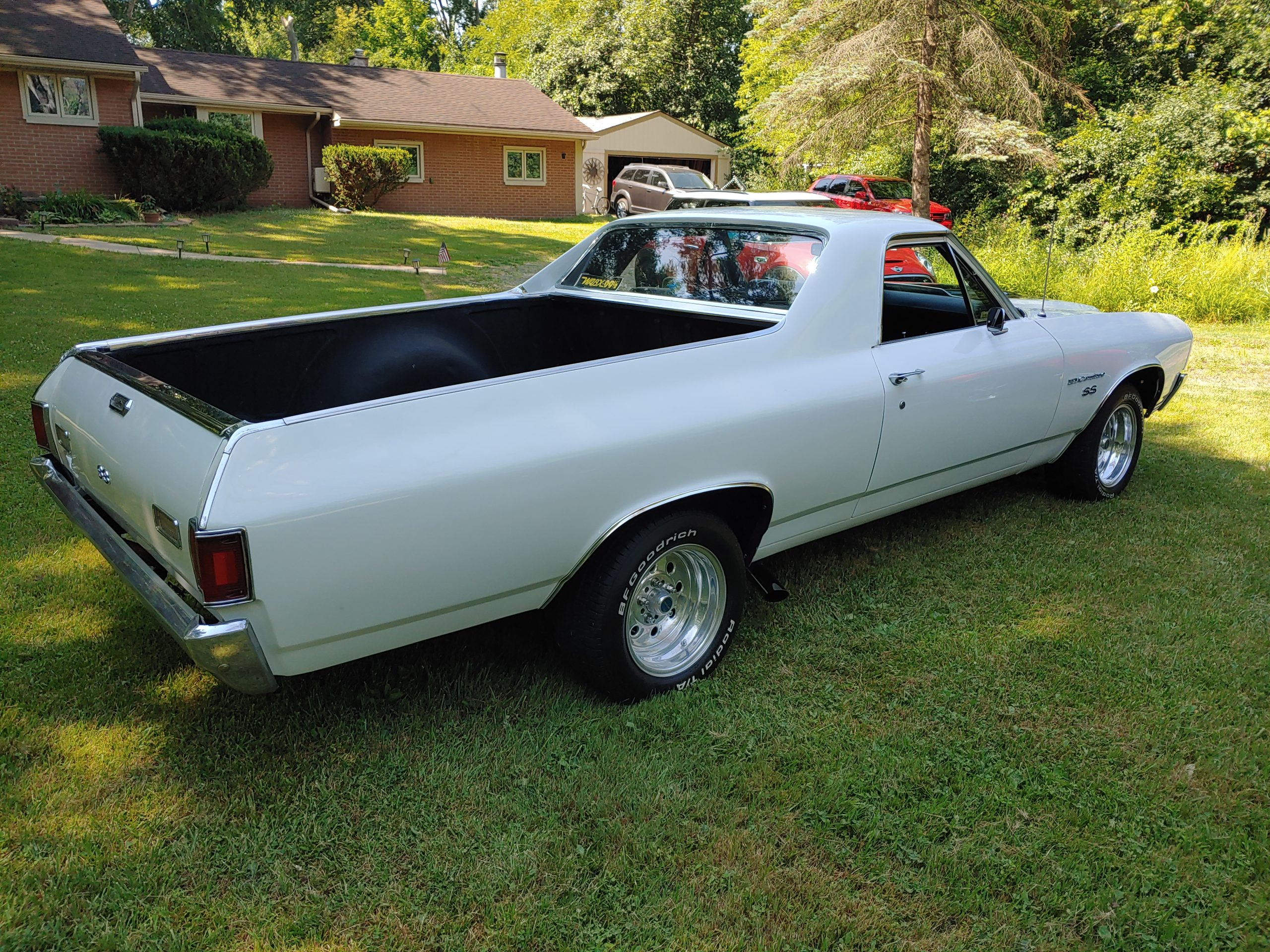 Video: 10 Questions with a Chevrolet El Camino Owner