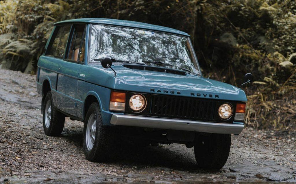 blue range rover off road